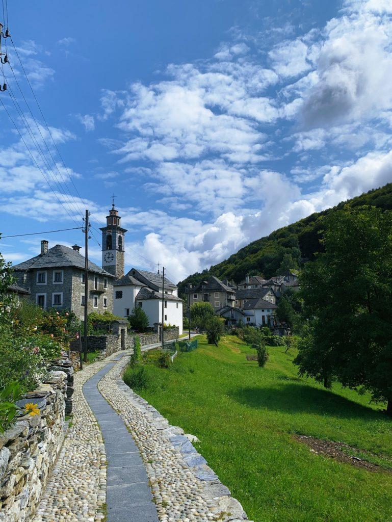 Matthias Maier   Ticinese village
